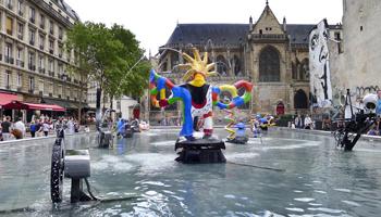 Fontaine de Niki de Saint Phalle